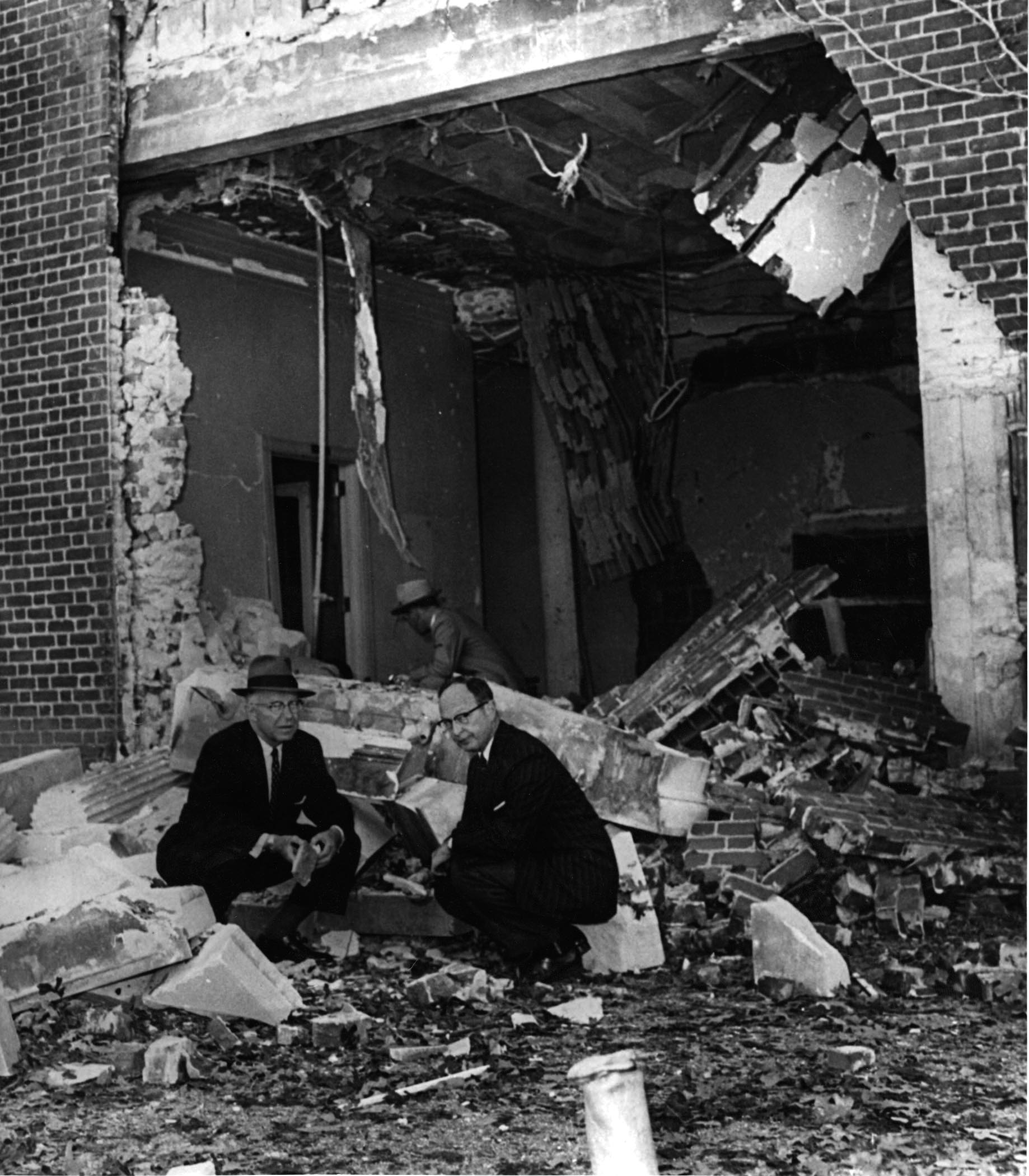 Mayor William Hartsfield with Rabbi Jacob Rothschild after bombing. Photo courtesy of The Temple (Hebrew Benevolent Congregation in Atlanta).