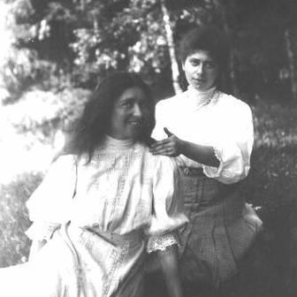 Anna Strunsky Walling and her Sister, Rose, circa 1902