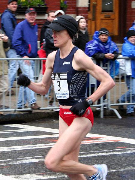 450px-deena_kastor_at_the_2007_boston_marathon.jpg