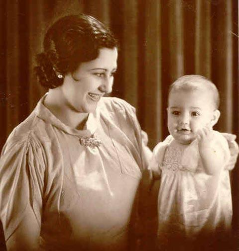 A First-Generation Argentine Woman with her Daughter, 1936