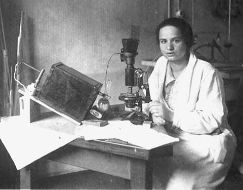 Marietta Blau at the Institute for Radium Research in Vienna, circa 1925