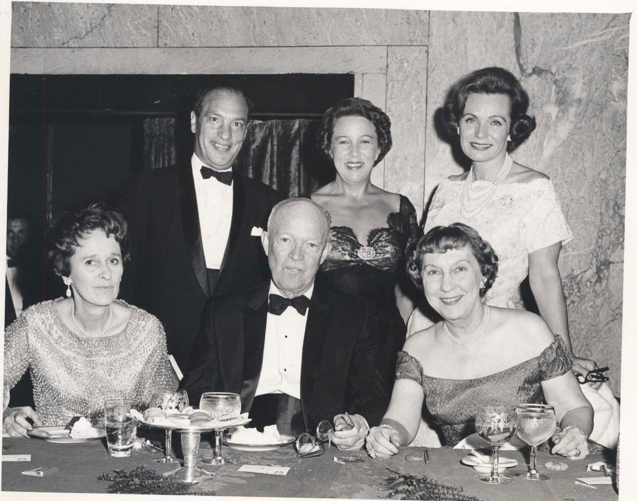 Isabelle and Leonard Goldenson with the Eisenhowers and Other Individuals
