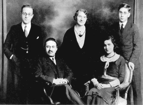 Romana Goodman and Family Members circa 1929-1931