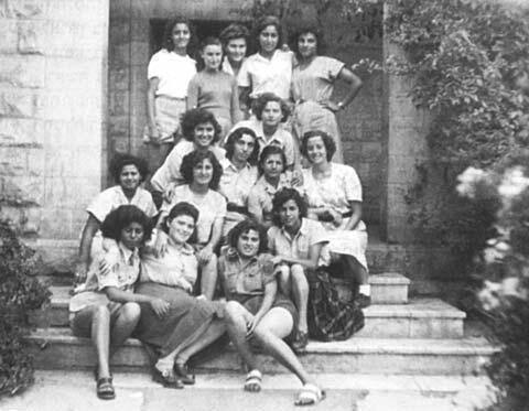 Irgun Zeva'i Le'ummi Women