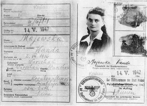 Tema Sznajderman Kennkarte, 1942