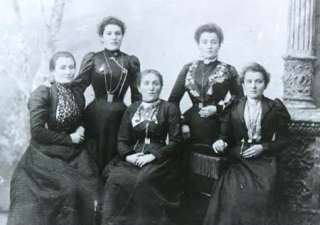 Anna Sokolow's Grandmother and Great-Aunts in Pinsk, Belarus, circa 1885