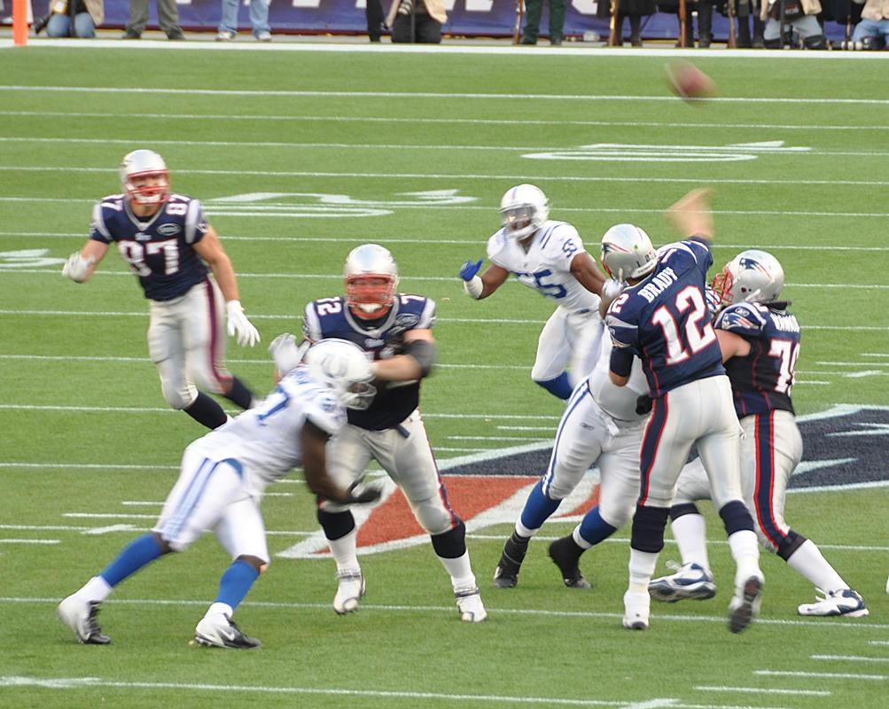 colts_vs_patriots_2011_01-1.jpg