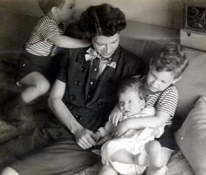 cowan_family - still image