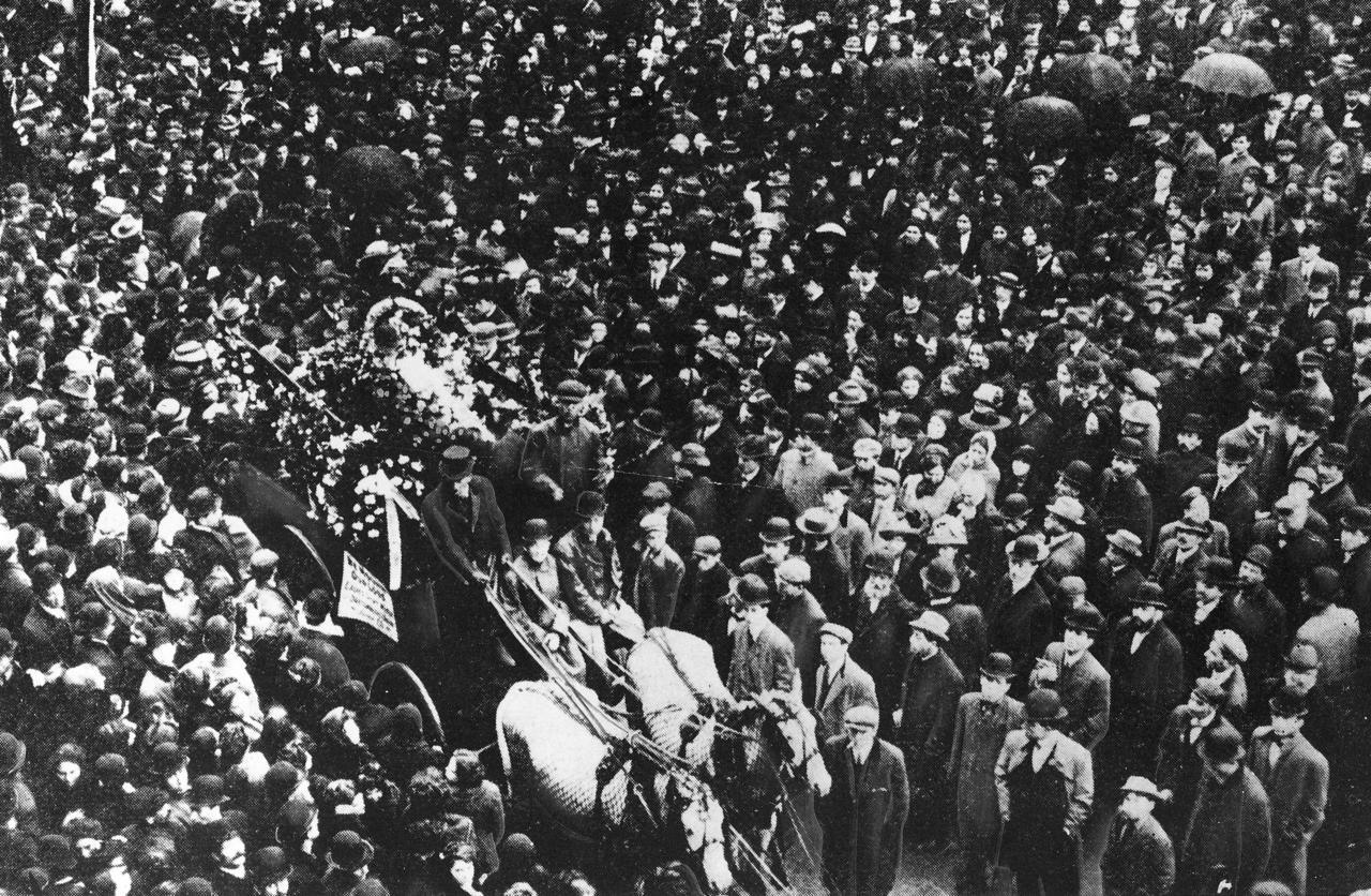 Crowd at Triangle Funeral Parade in Washington Square Park, April 5, 1911