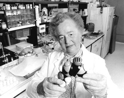 Gertrude Elion, circa 1988