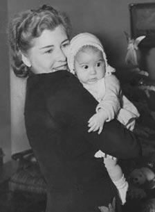 Sheilah and Wendy Graham, 1942