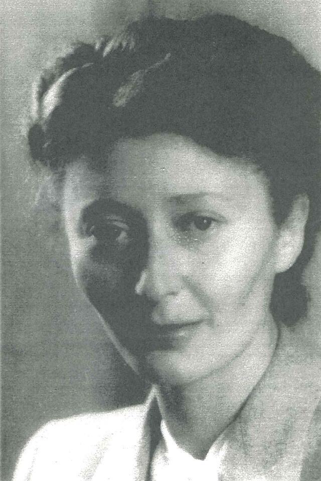 Helen Mahut 1942