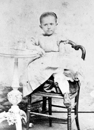 Szold as a young girl, age 4 or 5, c. 1865