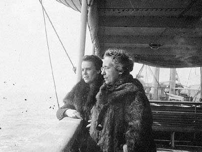 Henrietta Szold and Julia Aronson on board the Guiseppe Verdi, on their way to Palestine, 1920