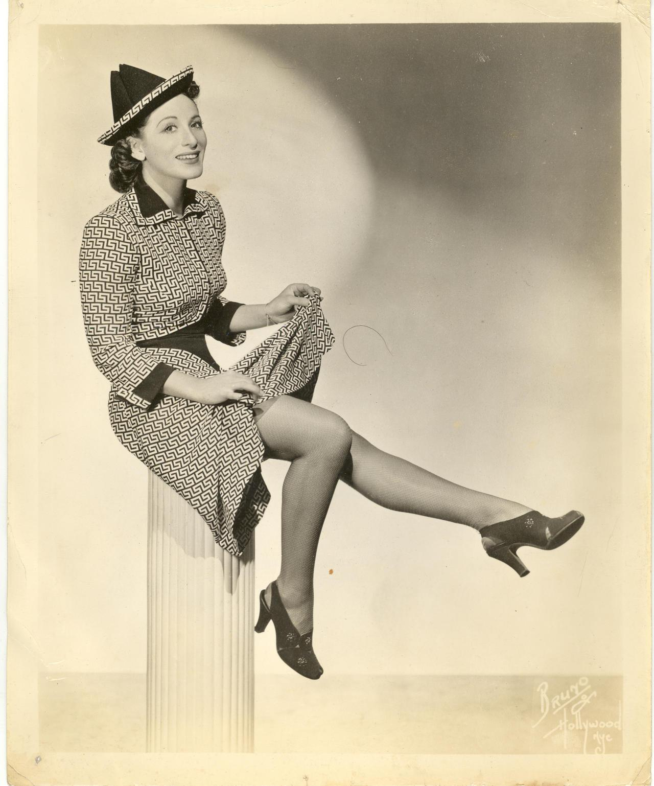 Jean Carroll, posed photograph