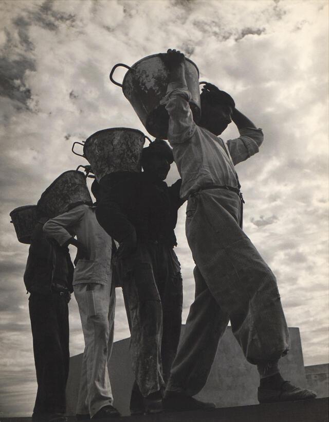"""""""Obrearos de la Facultad, Montevideo,"""" 1945"""