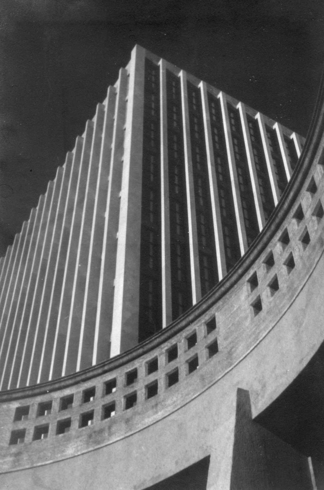 """""""Palacio de la Luz (Montevideo),"""" 1950"""