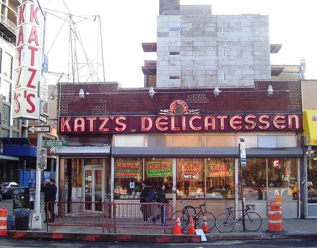 Katz Delicatessen, 2011