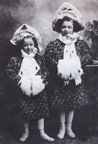Molly and her younger sister Helen in Philadelphia