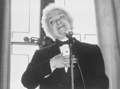 "Molly Picon accepting a ""Goldie"" from the Congress of Jewish Culture in 1985"