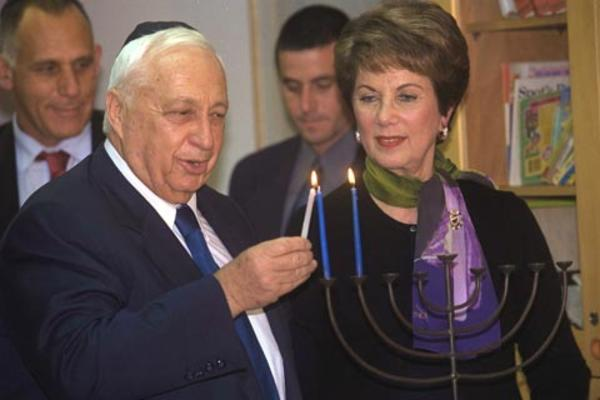 Ariel Sharon and Michal Modai, December 10, 2001