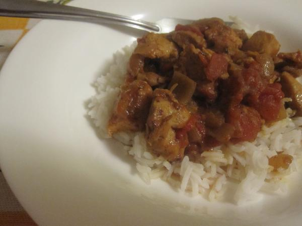 Chittarnee (Sweet and Sour Chicken in Onion Sauce)
