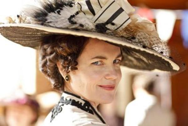 Lady Grantham in Downton Abbey